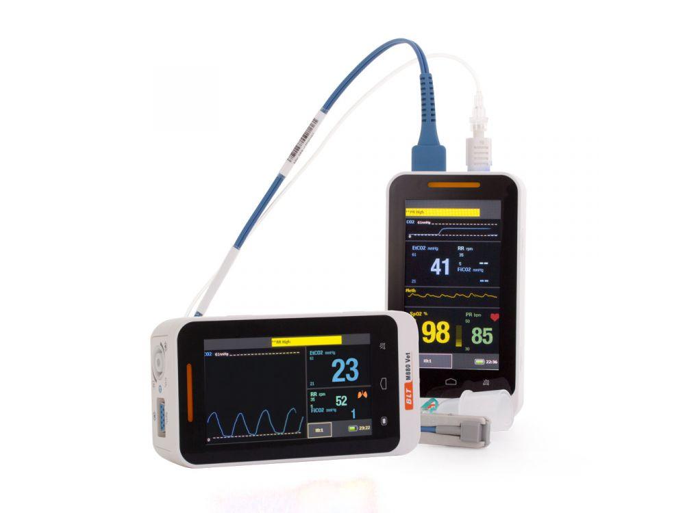 M880B Handheld Capnograph and Pulse Oximeter
